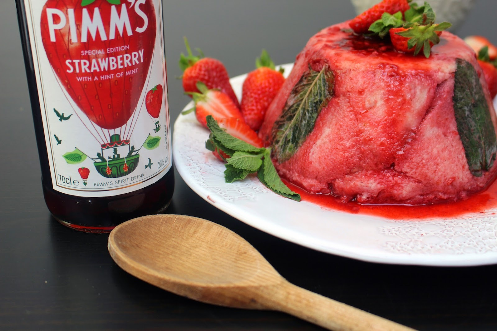 Pimm's strawberry and mint summer pudding