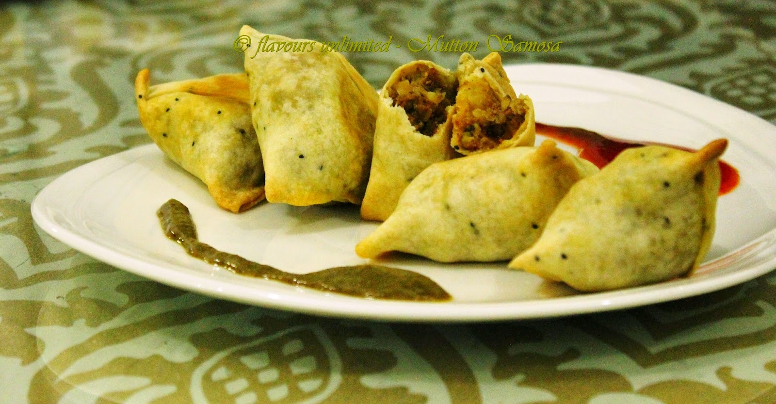Mutton Keema Samosa - Ofcourse Baked for the Perfect Sunday Evening