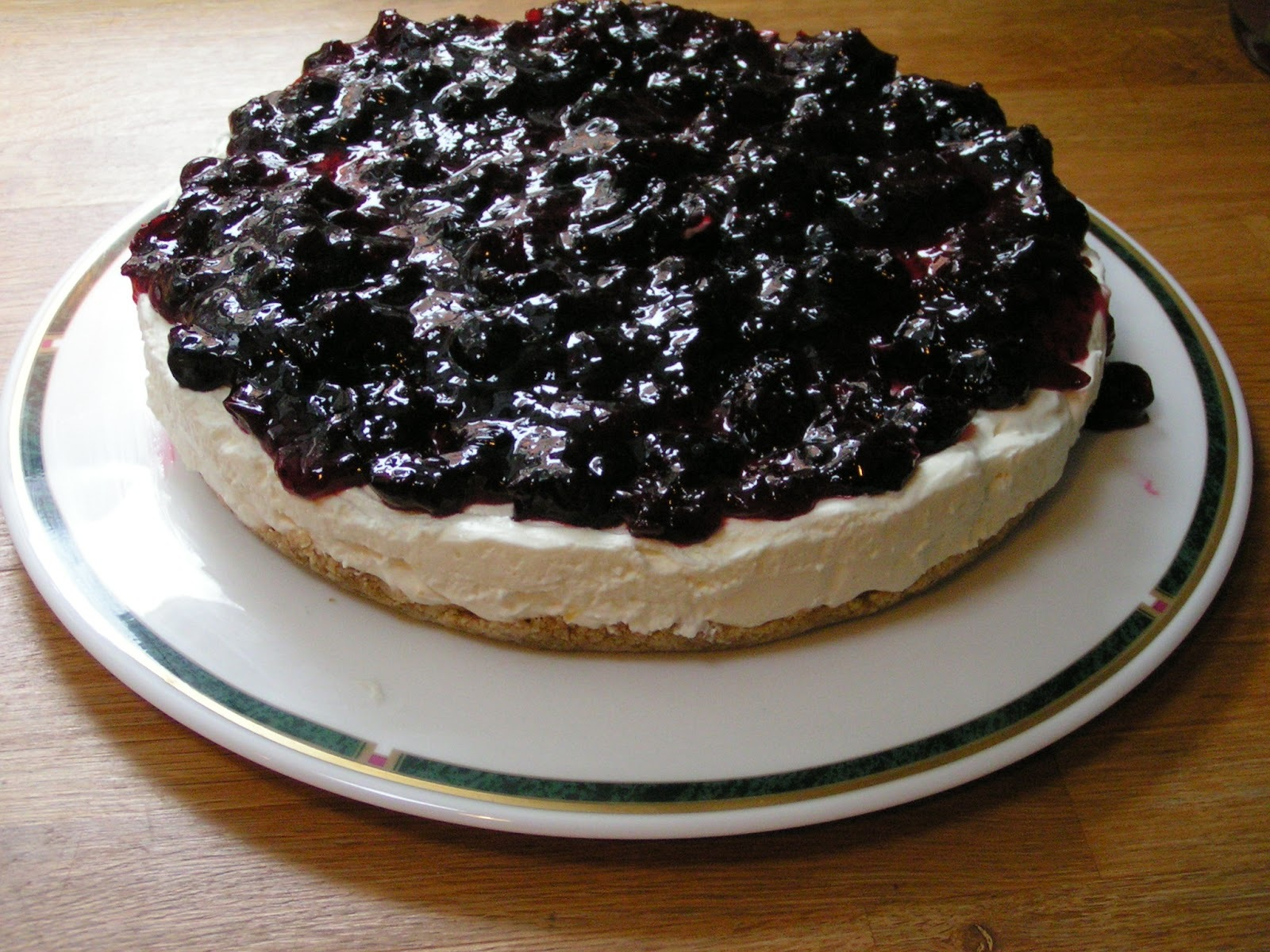 Blackcurrants - reckless cheesecake and easy blackcurrant jam