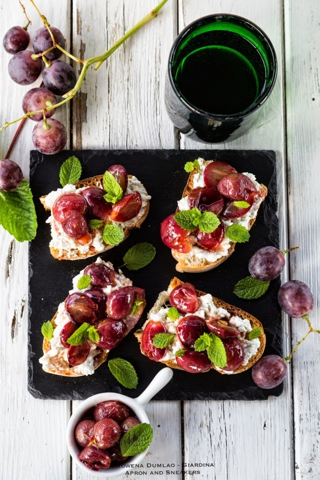 Blue Cheese and Pan-Roasted Grape Tartine