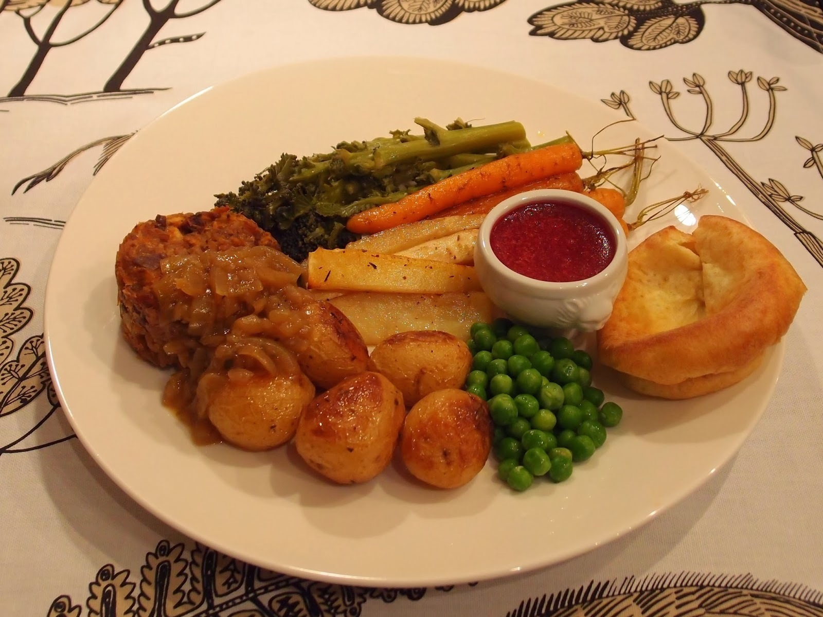 British style vegetarian Sunday roast