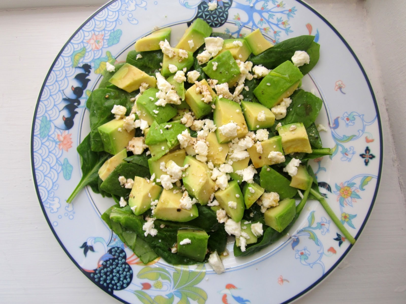Spinat avocado salat m. feta og citrusdressing