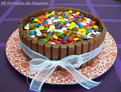 Tarta de Kit Kat, Nutella y Lacasitos