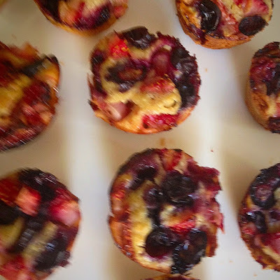 Mini Oatmeal berry muffins and pancakes for toddlers