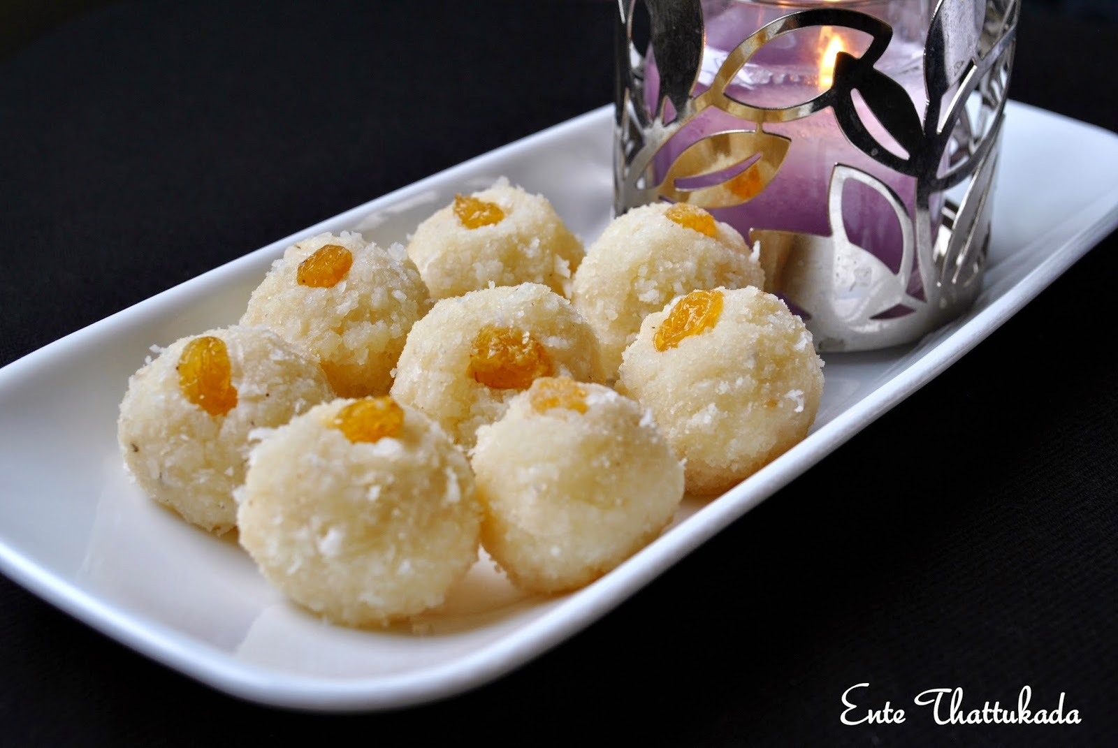 Coconut Ladoo using Ricotta Cheese