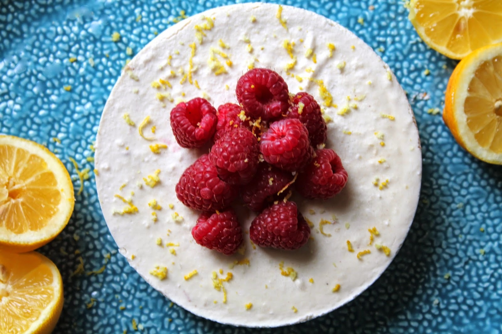 Raw Lemon Cheesecake (Low Carb, Dairy-Free)
