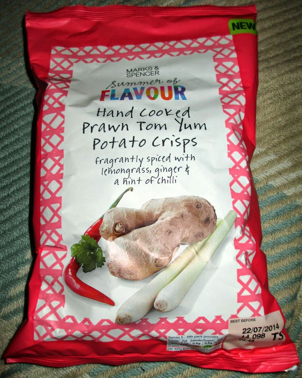 Hand Cooked Prawn Tom Yum Potato Crisps (@MarksAndSpencer) [By @SpectreUK]