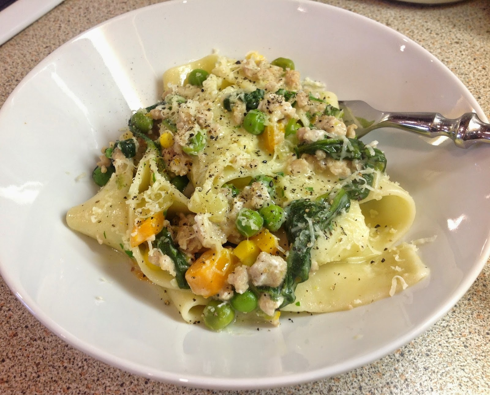 Creamy Chicken and Vegetable Pasta