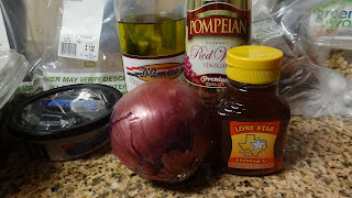 Skinny Minny Recipe #2: Cranberry Walnut Goat Cheese Salad with Honey Red Wine Vinaigrette