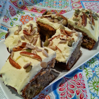 Banana and Pecan Spiced Cake Slice