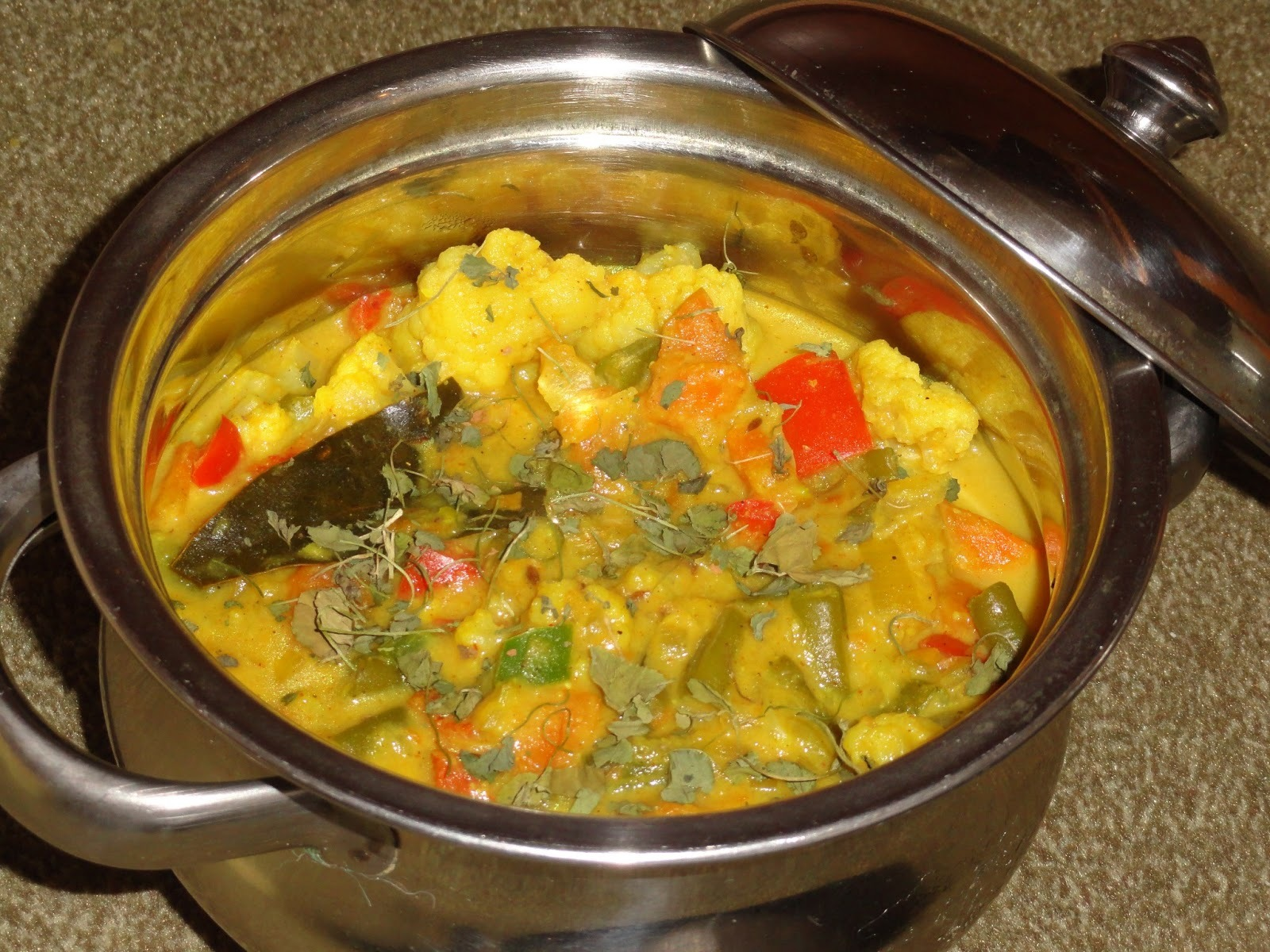Spicy Navaratan Kurma/Vegetable Kurma