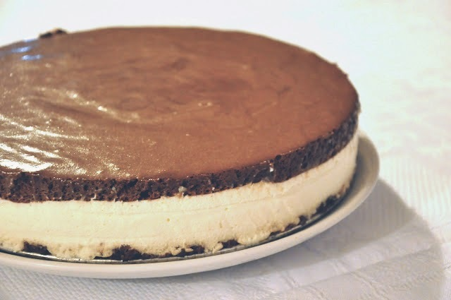 P & B { cheesecake + chocolate mousse double cake }