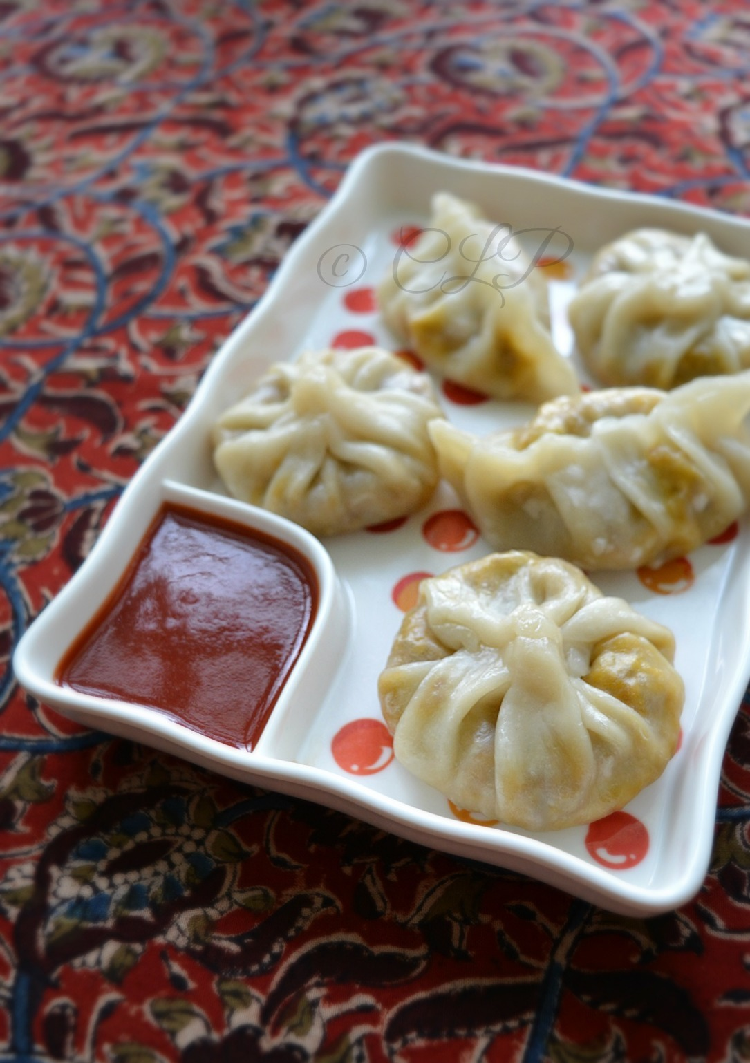 Veg Momos Recipe | Schezwan Vegetable Momo