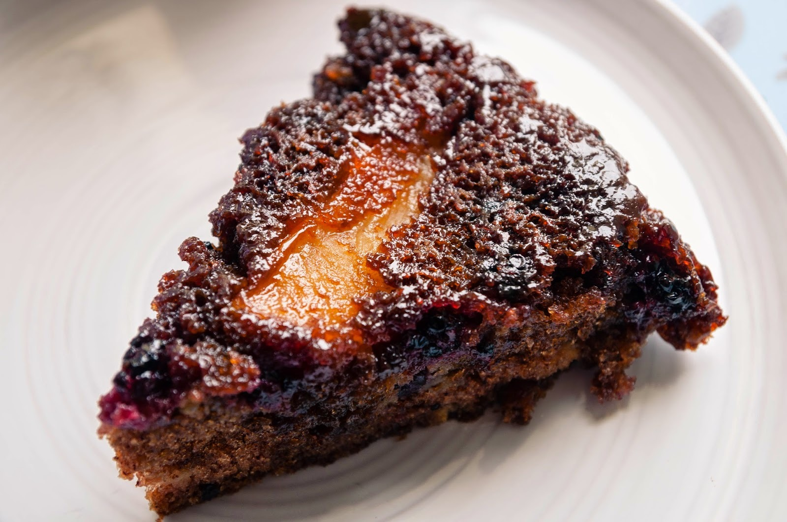Caramelised blackberry and apple cake