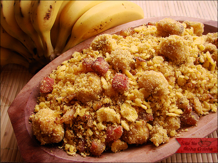 Farofa de Banana e Bacon