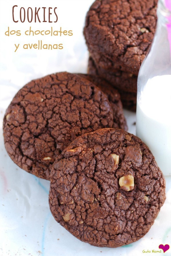 Cookies de dos chocolates y avellanas