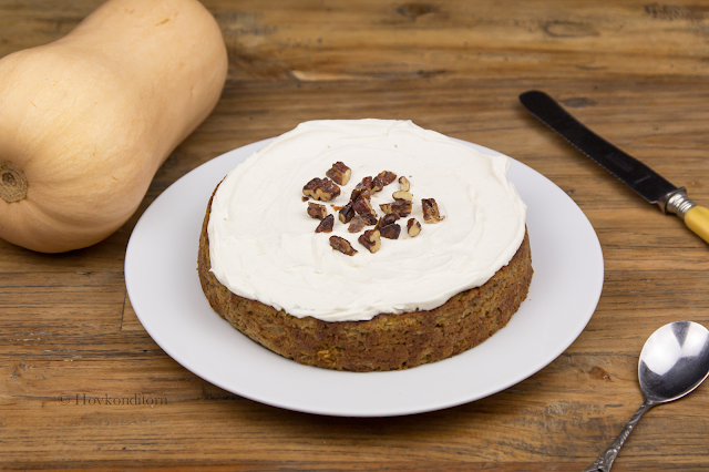 Happy Lucia - Pumpkin Gingerbread Cake with Frosting