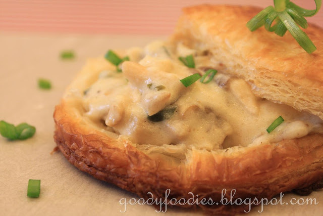 Recipe: Chicken and Mushroom Vol-Au-Vents