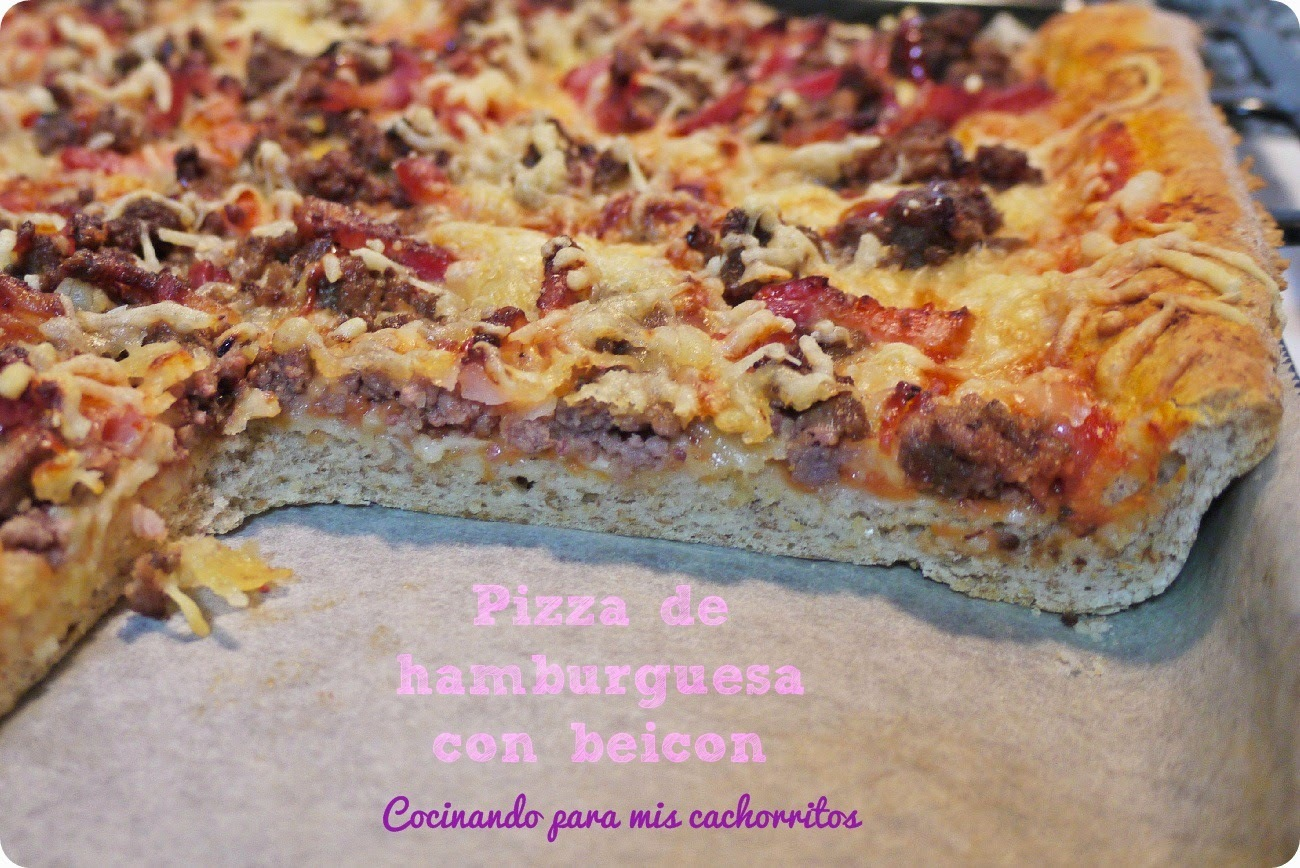 Pizza de hamburguesa con beicon