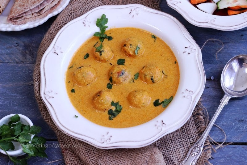 Vegan Sweet Potato and Tofu Kofta Curry !
