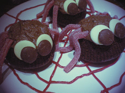 Halloween Baking: Spooky Spider Cakes