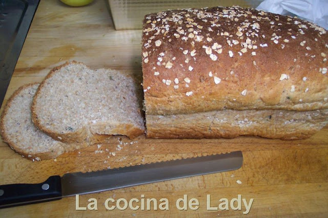 Pan de Molde Integral con 6 Semillas (Thermomix)