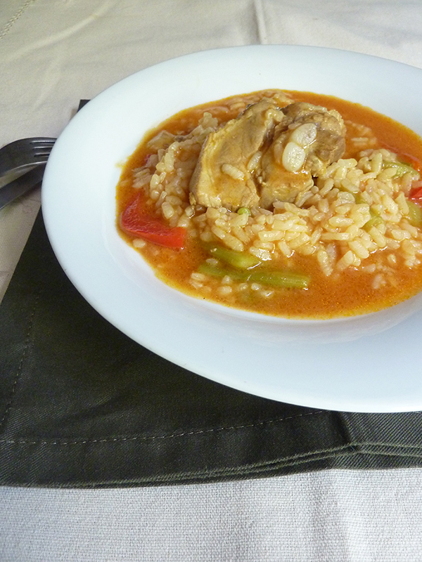 ARROZ CON COSTILLAS DE CERDO (THERMOMIX)