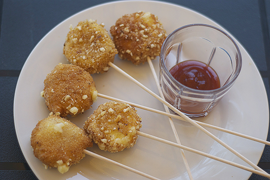 Cheese pops (o piruletas de mini babydel)