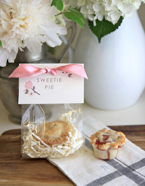 "Mini ""Sweetie Pie"" Favors"