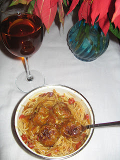 VEGETABLE BALLS IN SPAGHETTI