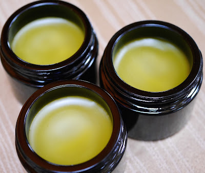 Make Organic Pain Relief Salve In Your Instant PotMakes A Great Holiday Gift!