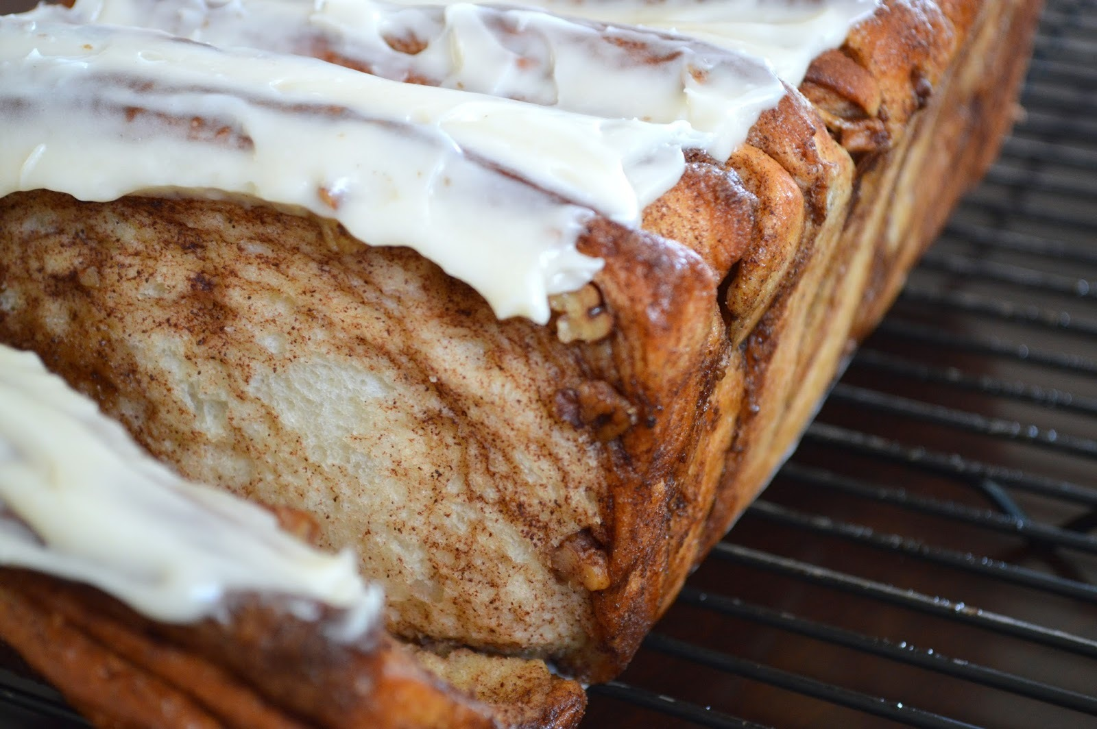Cinnamon Roll Pull Apart Coffee Cake with Pecans