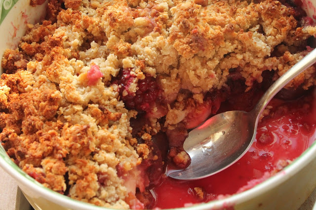 Healthy Orchard Fruit Crumble (Gluten-Free, Paleo)