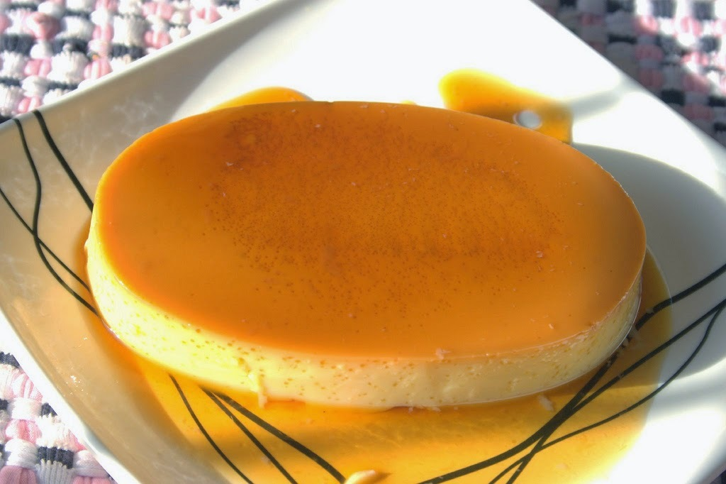 HOW TO MAKE CHRISTMAS LECHE FLAN (RECIPE)