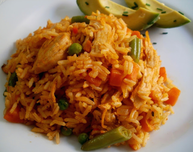 Arroz con Pollo Colombiano