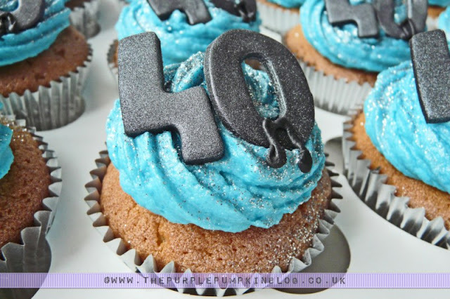 40th Birthday Cupcakes [Blue with Musical Notes]