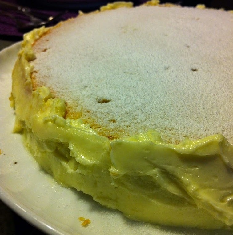 Greek Yogurt Cake with Butter Cream / Bolo de Iogurte Grego com Creme de Manteiga