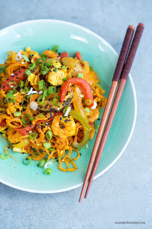 Healthy Stir-Fried Singapore Noodles and a giveaway