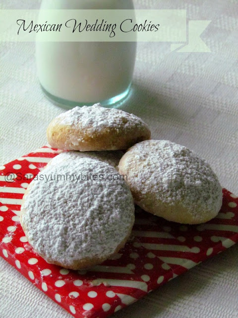 Mexican Wedding Cookies / Snowball Cookies