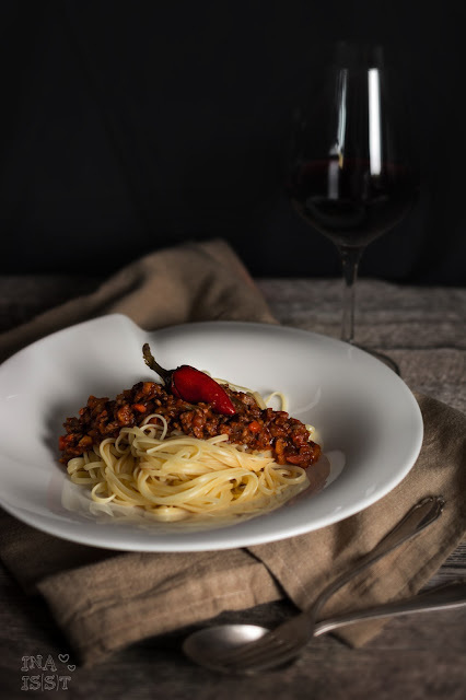Scharfe Paprika-Pfefferoni-Bolognese / Hot chili pepper bolognese