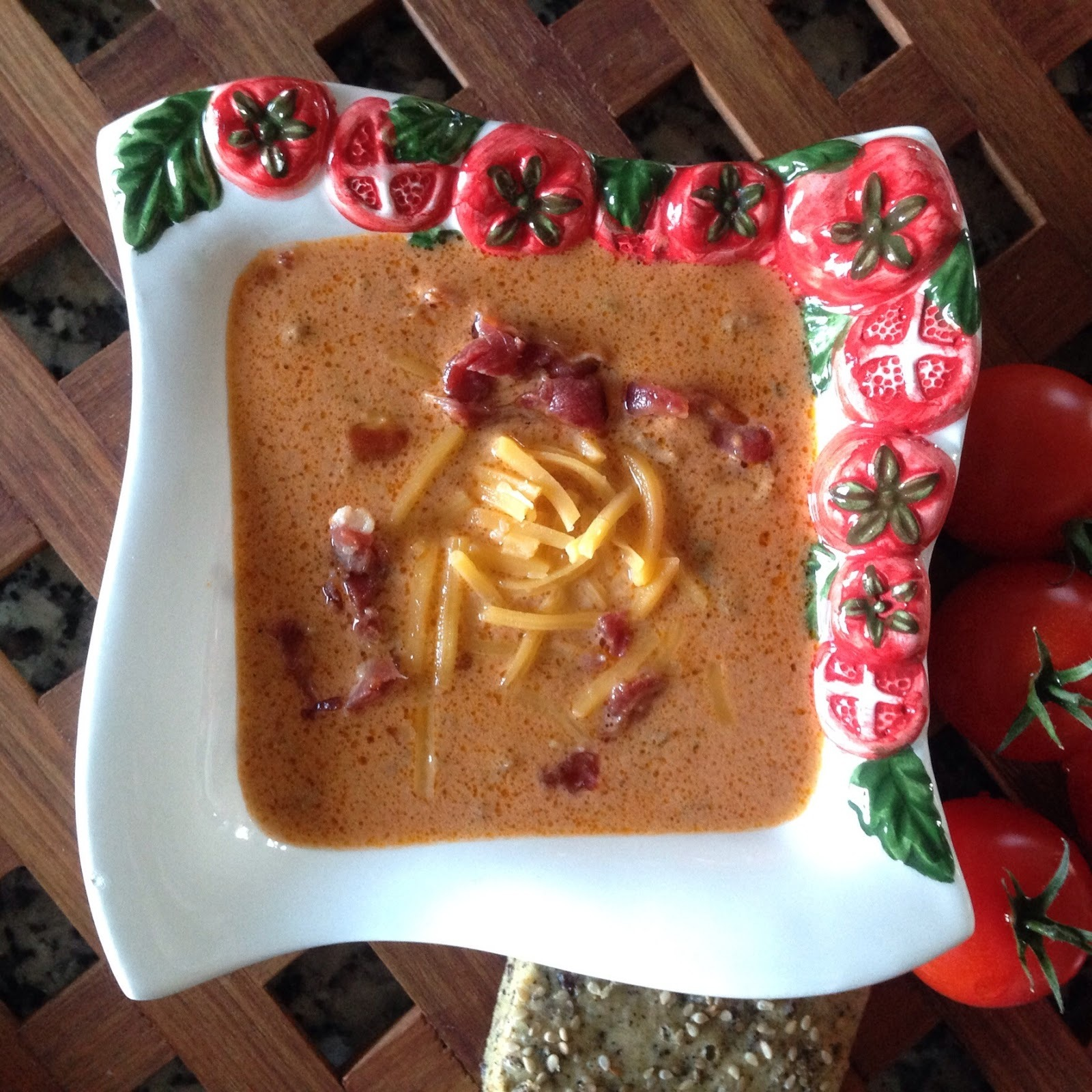 Spicy Bacon Cheeseburger Soup - LCHF