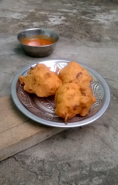 Pepper Bonda
