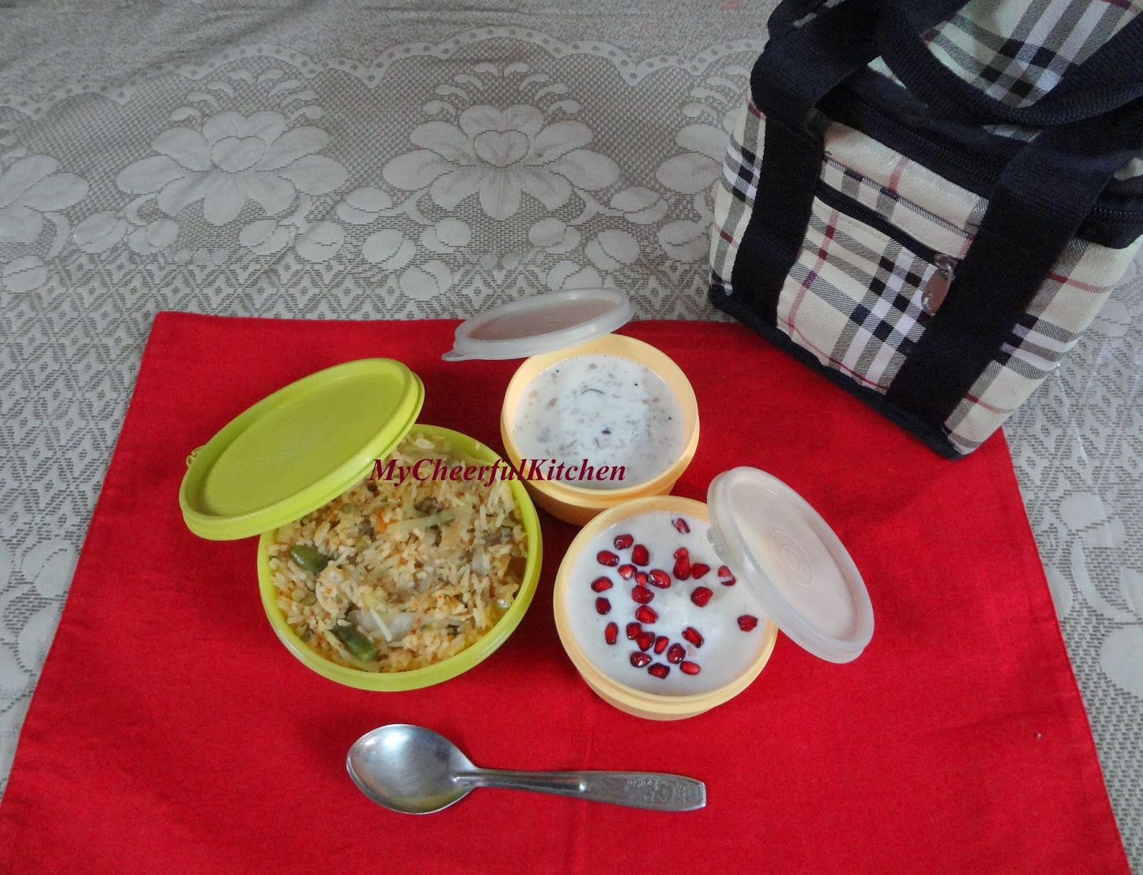 Chilli Garlic Rice (Easy lunchbox recipe)
