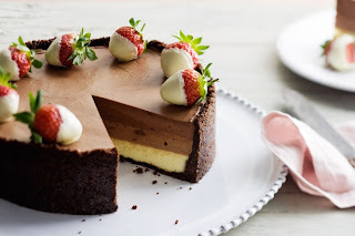 triple chocolate cheese cake