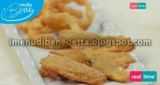 Salvia Fritta Farcita e Onion Rings