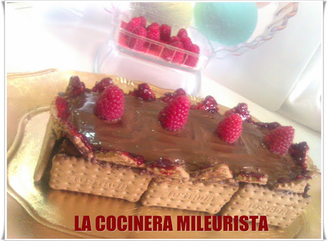 Tarta de galletas con Chocolate y Frambuesa