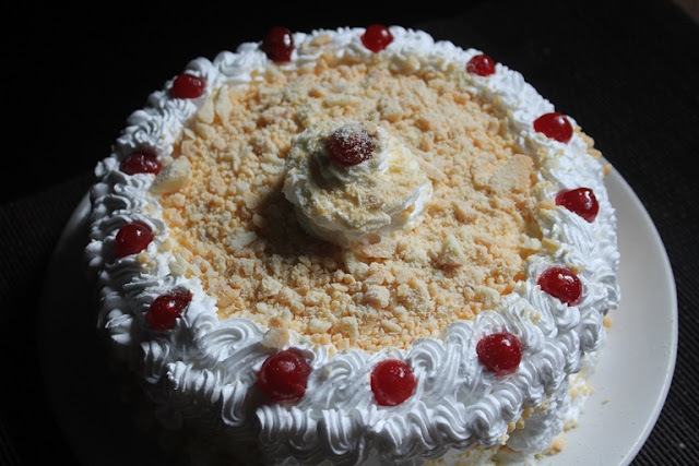 white forest cake eggless