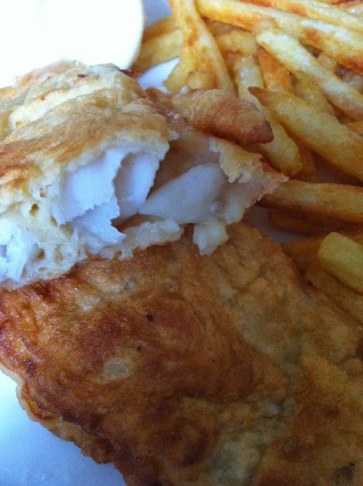 Fish 'N' chips in lemon batter