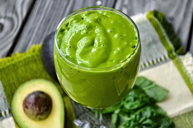 Green Smoothies Revealed - What You Need to Know About Green Smoothies #SmoothieWorld