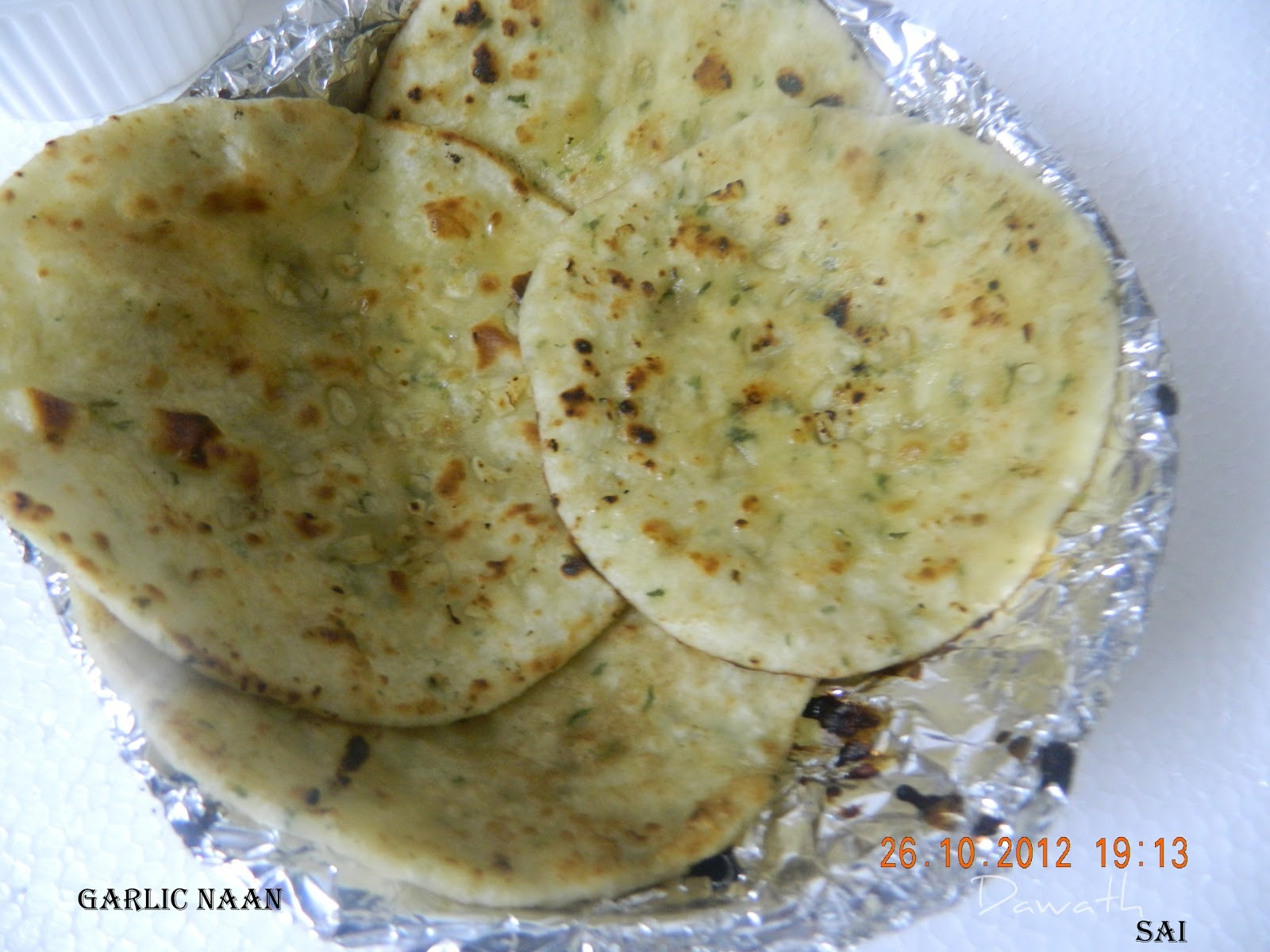 Butter garlic naan